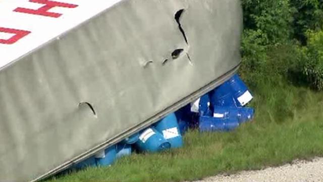 US23 truck crash 8_27719992