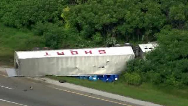 US23 truck crash 9_27719994