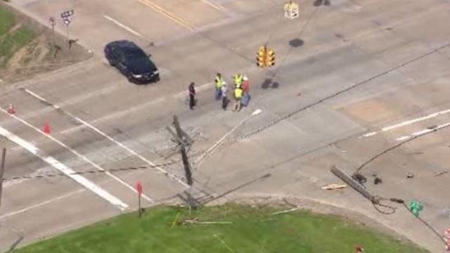mound road crash 2_25897076