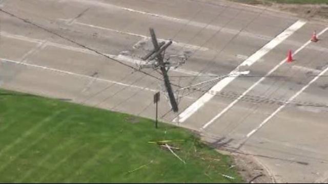 mound road crash 5_25897276