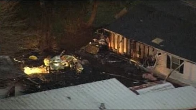 Deadly fire at Taylor trailer park_17676286