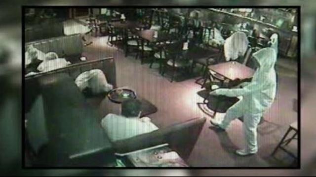 Bar armed robbery 2_8836338