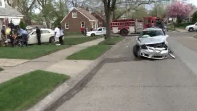 Car into house Detroit 3