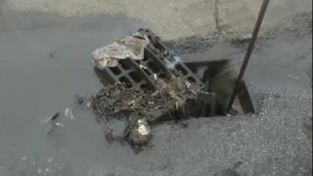 Clogged drain_20554560
