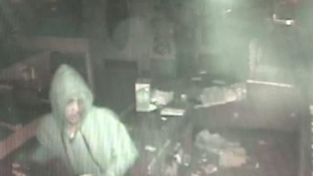 Coney Island smash grab suspect_18074644