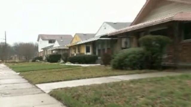 Crooks target elderly Detroit homeowners