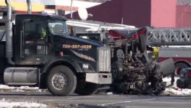 Deadly crash Dearborn Heights 3_18015392