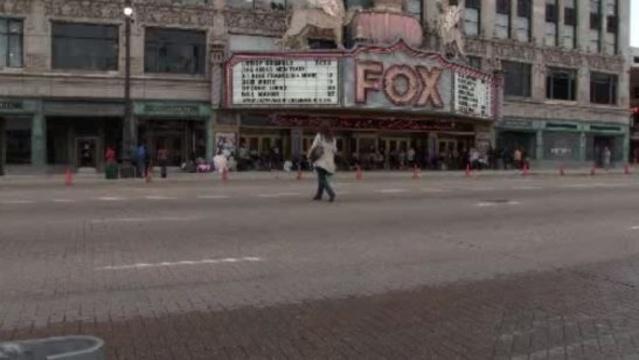 Detroit Fox Theatre parking downtown