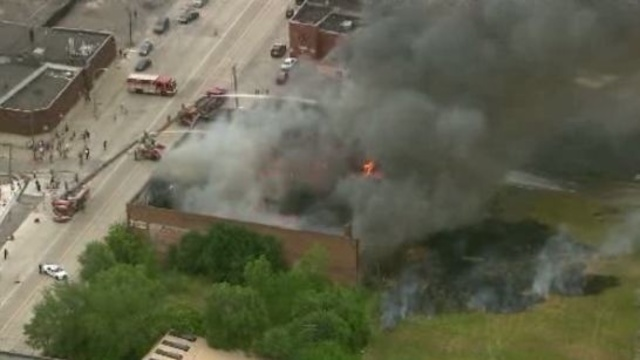 Detroit building fire 26_15353162