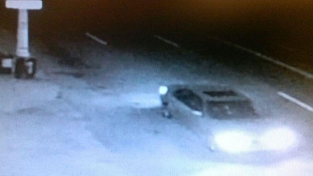 Detroit hit-and-run suspect vehicle_22357974