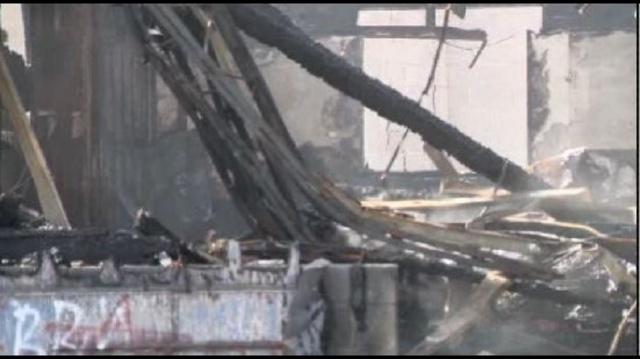 Fire-on-Fenkell-in-Detroit1.jpg_21421962