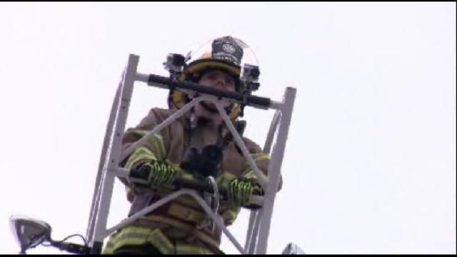 Firefighters-take-part-in-Novi-training-exercises2.jpg_21948032