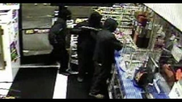 Gas-station-robbery-surveillance-video.jpg_17661484