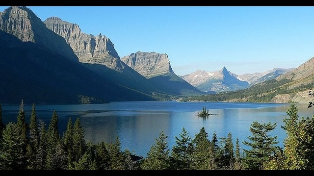 Glacier National Park_15876338
