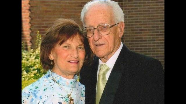 Horowitz-parents.jpg_12565682