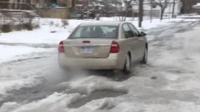 Icy Cortland Street Detroit 2_18420934
