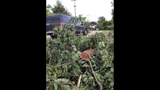 Illegal dumping in Detroit scene1_21333346