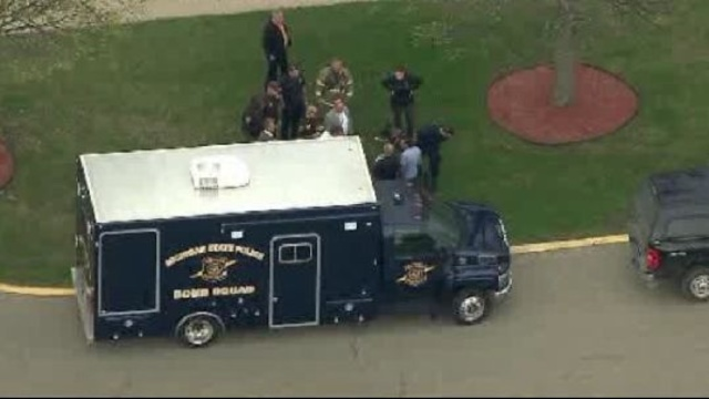MSP bomb squad in Pontiac