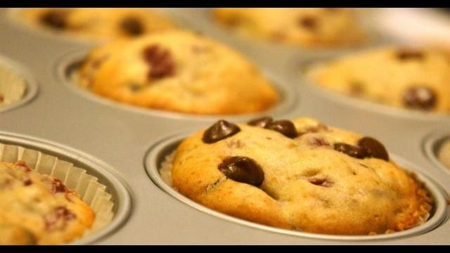 Muffins-in-tin.jpg_20223250