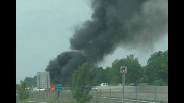 RV-motor-home-catches-fire-on-I-96-in-Brighton-2.jpg_20675152