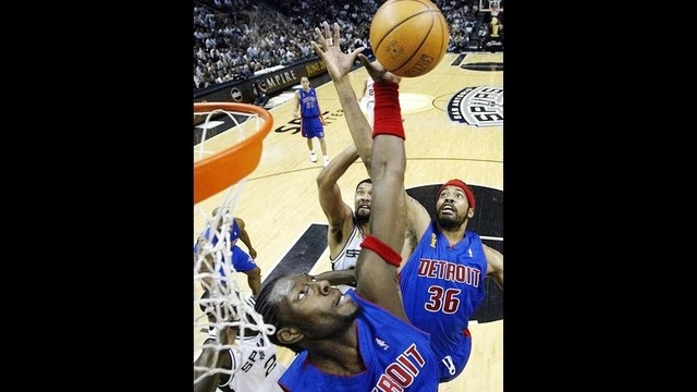 Rasheed-Wallace-returns-to-Pistons.jpg_20902004