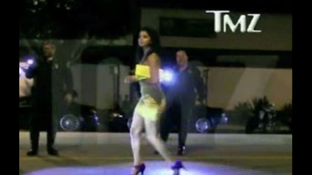 Rima-Fakih-captured-by-TMZ-camera.jpg_15454028