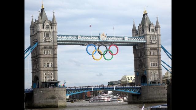 Robin Vanderkaay London Rings