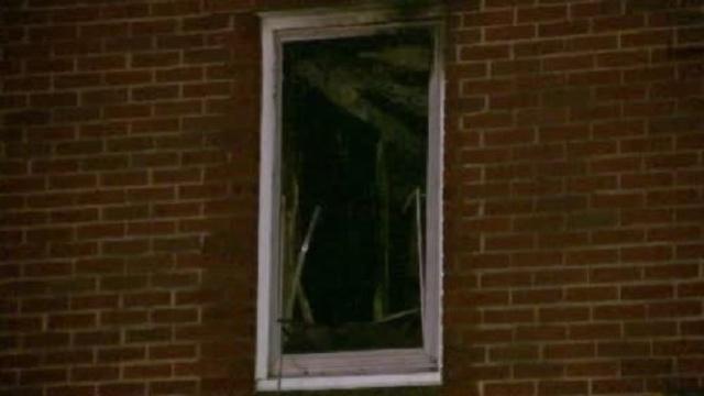 Steel Street fatal fire window_19871214