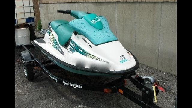 Sylvan-lake-boat-accident-jet-ski-image.jpg_21004776