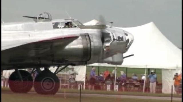 Thunder-over-Michigan-Air-Show-at-Willow-Run-Airport2.jpg_21414650
