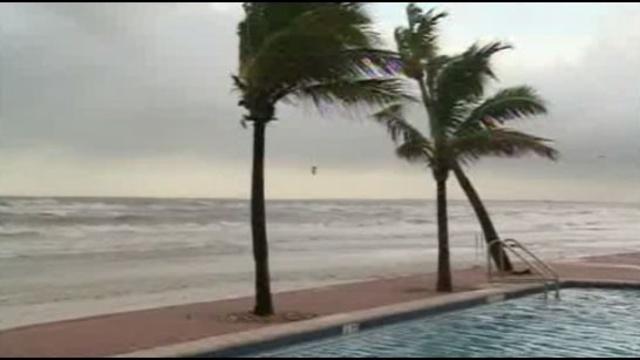 Tropical storm Isaac hits Gulf Coast