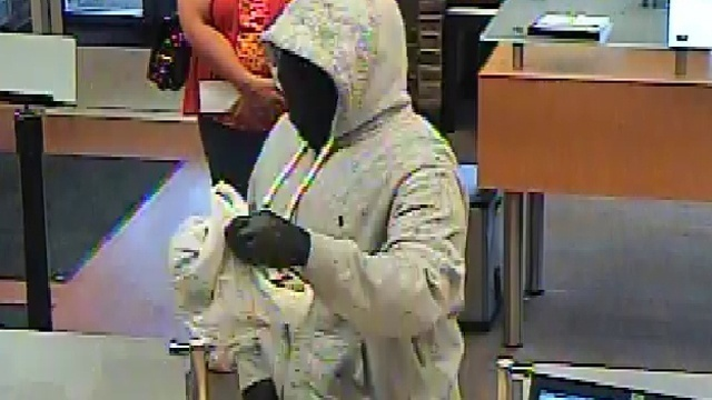 Warren Huntington Bank robbery 4