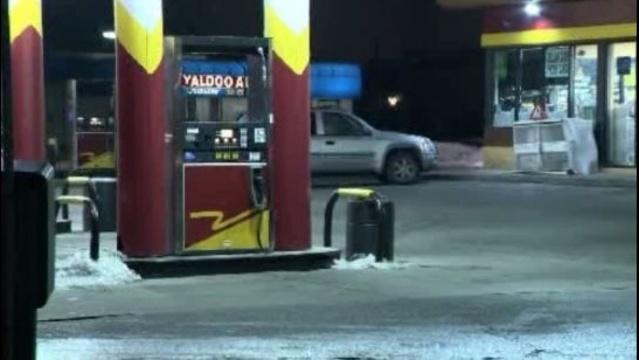 Warren gas station baby stolen with car 1