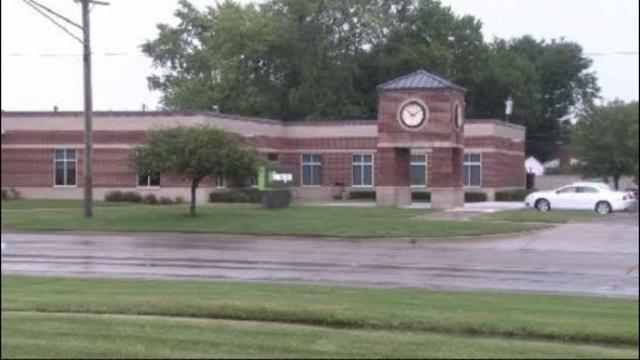 Warren huntington bank robbed_15593340