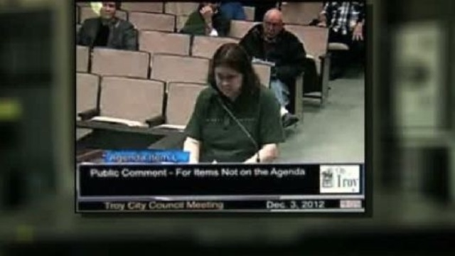 Woman suing Troy City Council claiming censored at meetings_19791346