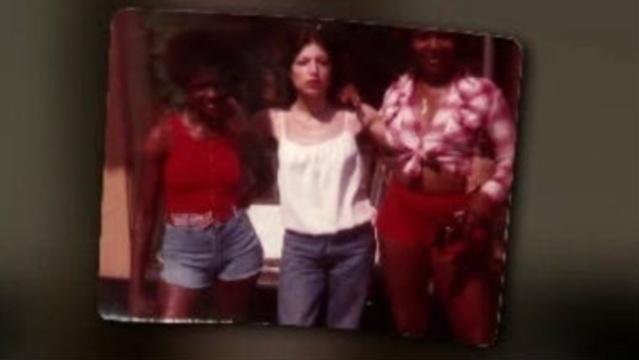 Women in picture with Debra Rentschler_18310844