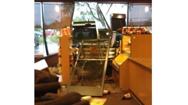 canton-car-into-coffee-shop_16603136