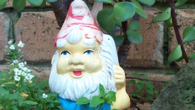 garden gnome statue_4842820