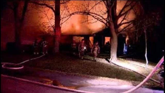 image--southfield-fire-3.jpg_18148342