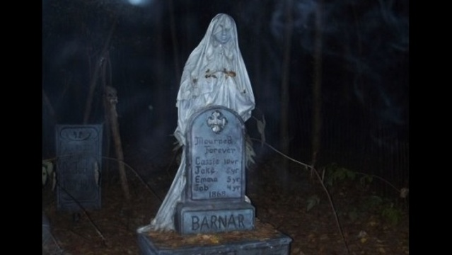 Best Haunted Houses_ Terrorfied Forest and Manor_17046864