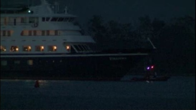 Yorktown Cruise Ship Runs Aground On Detroit River - Cruise ship yorktown