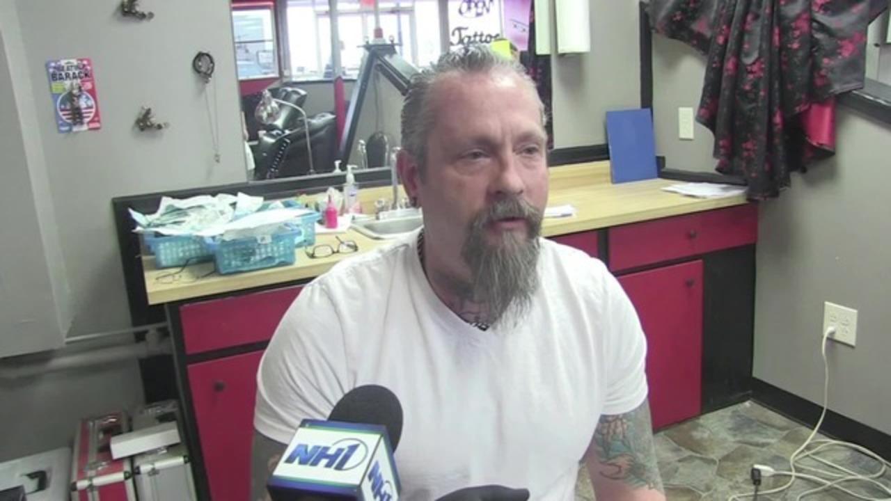 Tattoo shop offers free donald trump tattoos for Tattoo shops in new braunfels