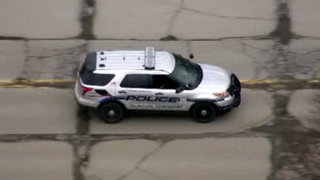 Clinton Township police warn residents about minivan driver approaching&hellip&#x3b;