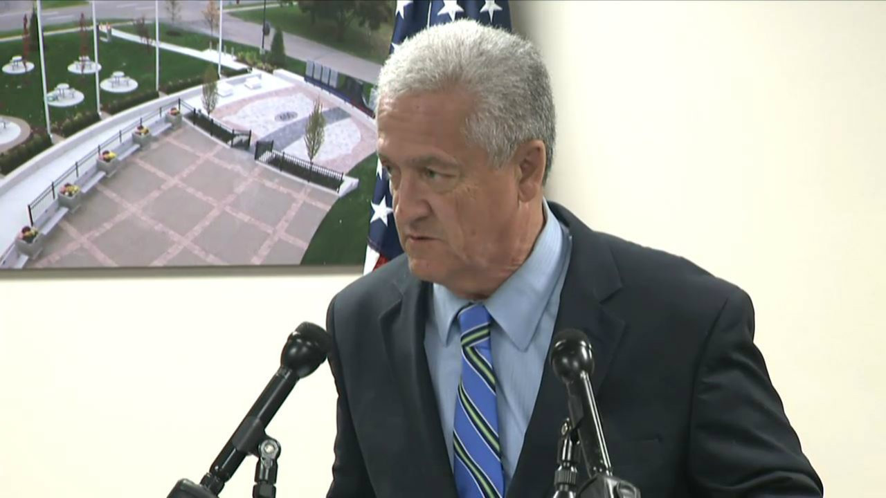 Livonia mayor says he has Parkinson's disease, won't seek re-election