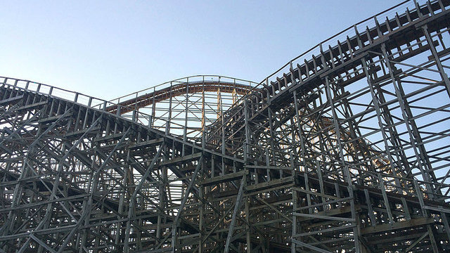 Six Flags interested in buying Cedar Point, Reuters reports