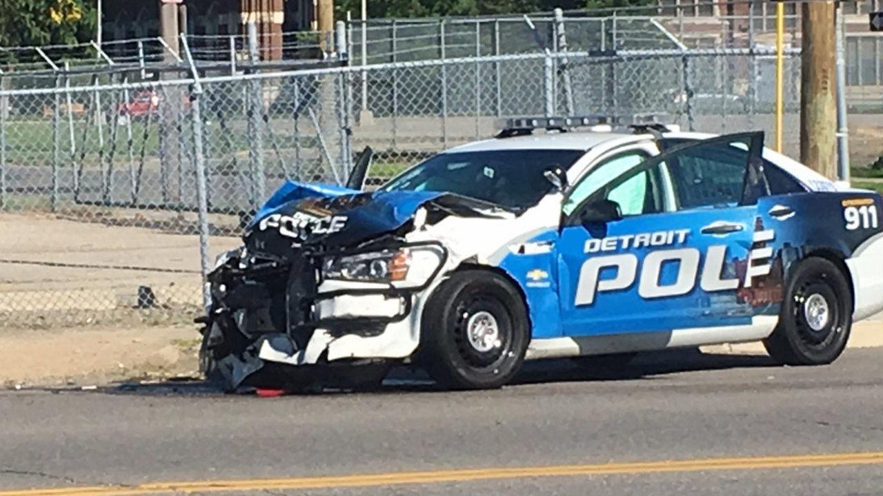 officer involved in 2 vehicle crash on detroit 39 s west side