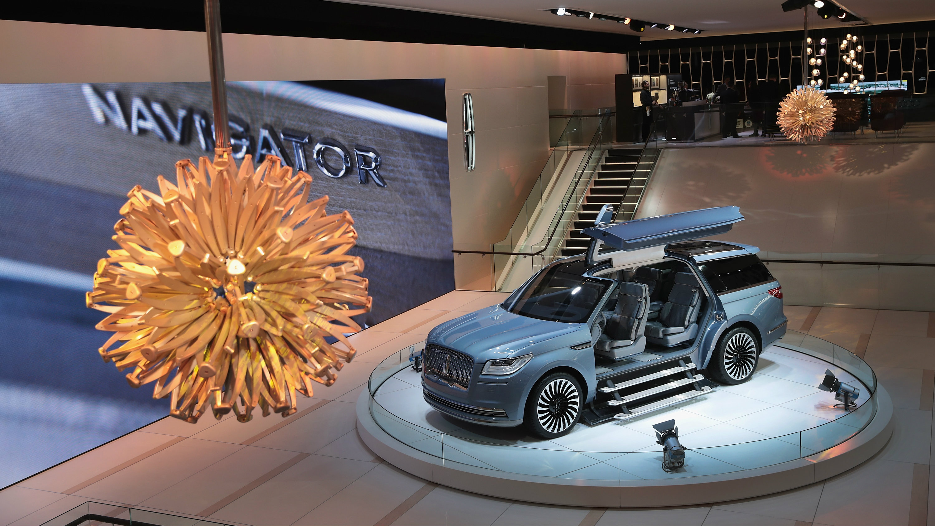 Detroit Auto Show Check Out The Door On The Lincoln - Lincoln car show