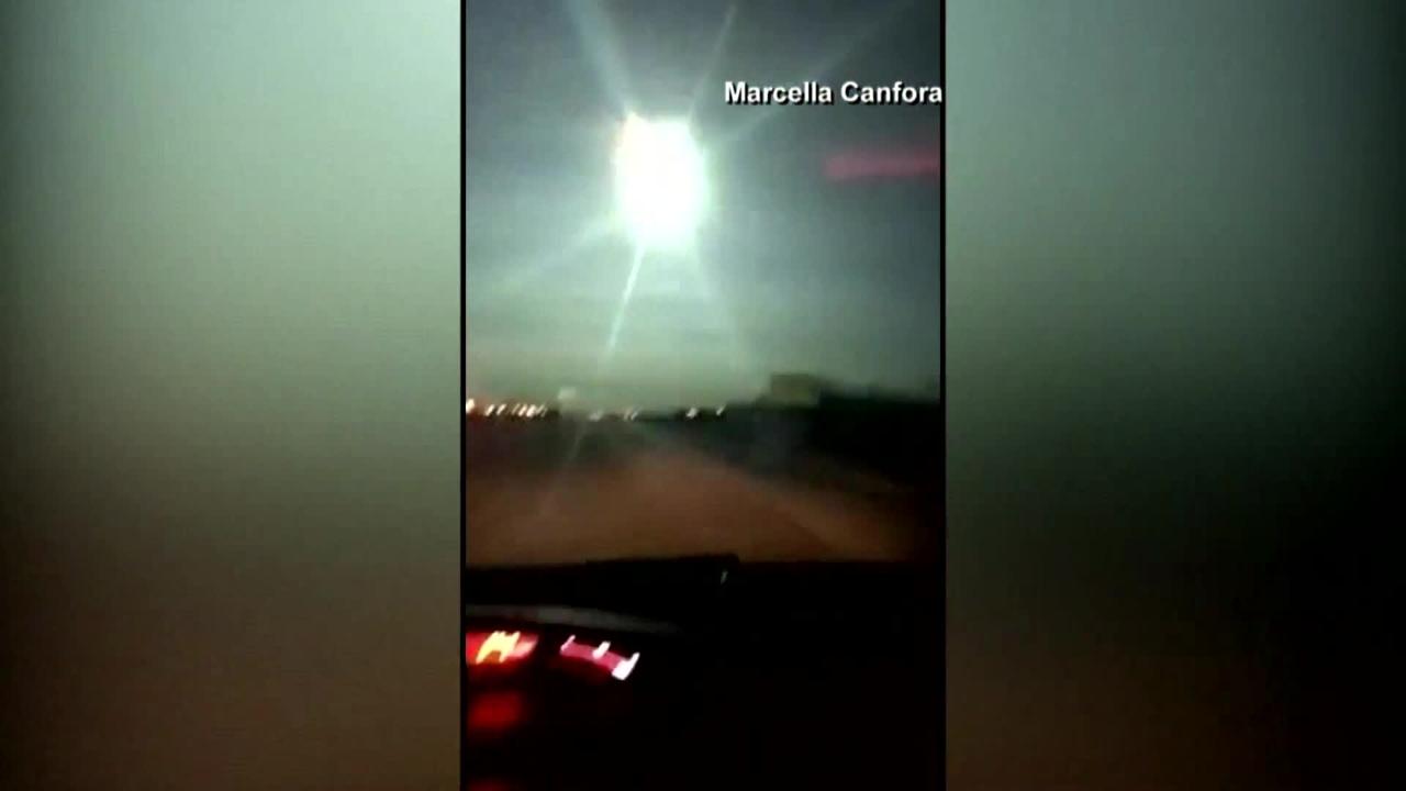 WATCH: Meteor streaks across Midwest sky Monday morning