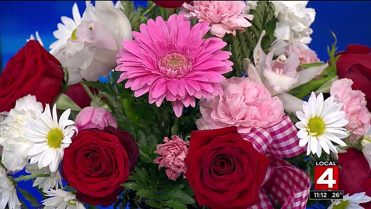 Where Should You Buy Valentines Day Flowers Florists Put To