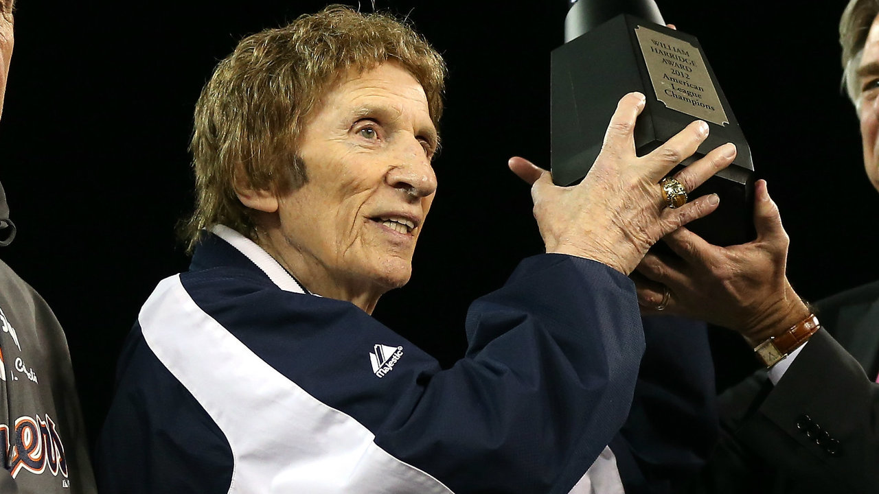 little caesars pizza founder mike ilitch owner of detroit sign up for clickondetroit breaking news alerts and email newsletters
